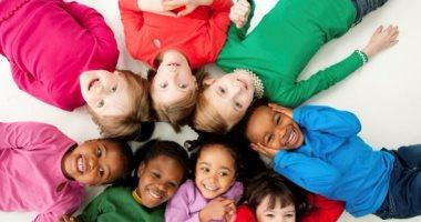 كيف تحمى طفلك من البيئة المحيطة به إذا كانت سيئة؟.. هذه نصائح تساعدك