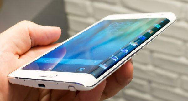 """سامسونج تعلّق إنتاج هاتفها الجديد """"جالاكسي نوت7"""""""