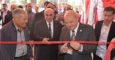 رئيس جامعة الزقازيق يفتتح ملتقى عطاء مصر الأمل بكلية التجارة