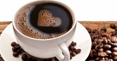 إضافة بضع قطرات من الليمون إلى القهوة أفضل علاج للصداع النصفى