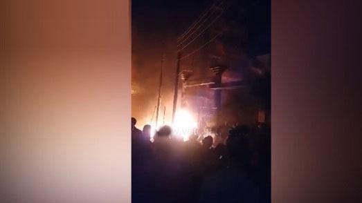 بالفيديو.. لحظة اندلاع حريق هائل بدار مناسبات في الشرقية