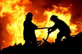 """السيطرة على حريق بمحيط """"هندسة الزقازيق"""""""